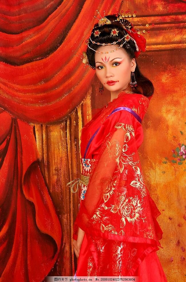 古装美女 喜庆 古典 婚庆 红色 彩妆 美女 传统美女 人物图库 人物