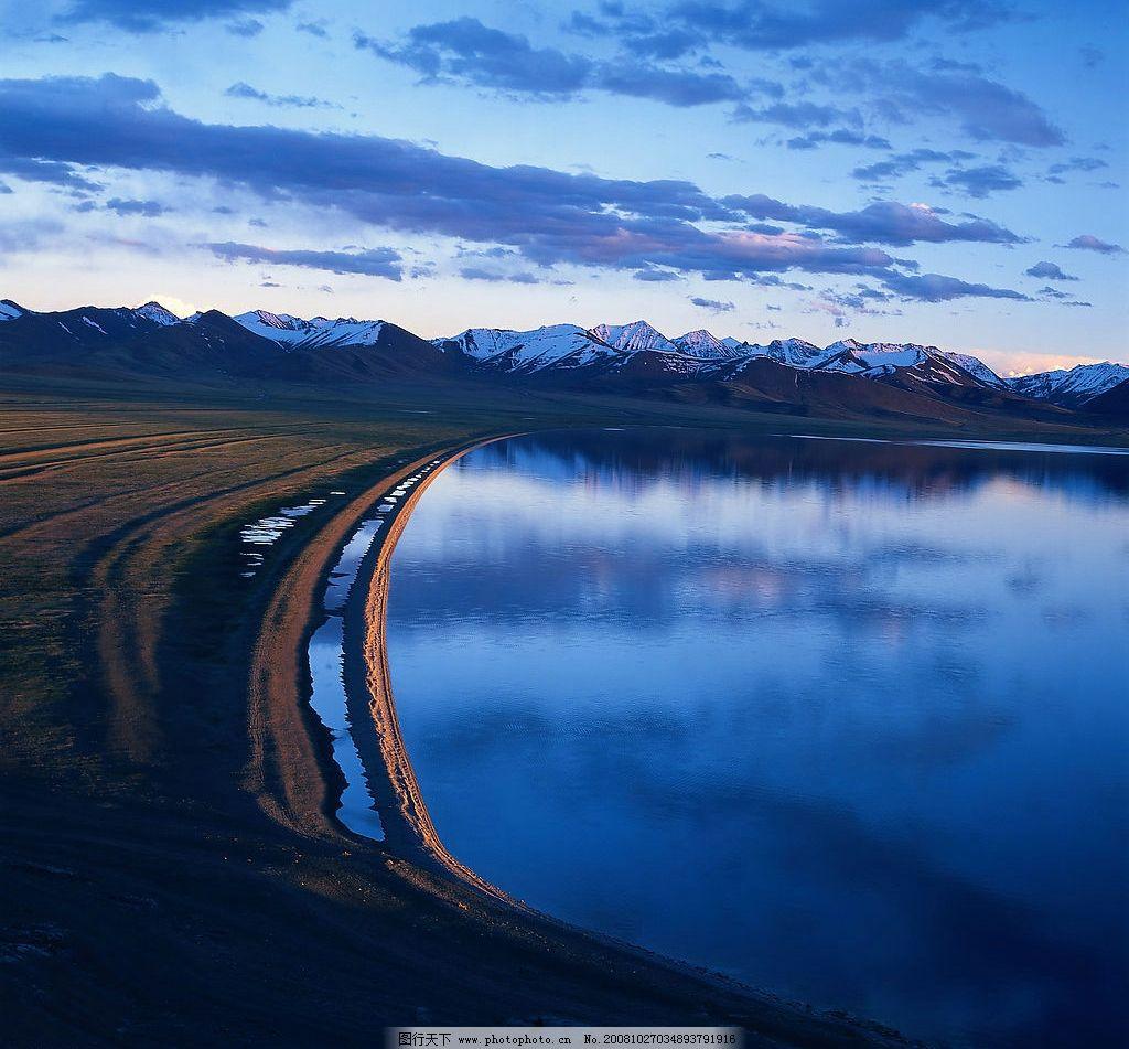 湖泊 风景 风光 山川 旅游风景区 天空 蓝天 湖 雪 湖水 自然景观