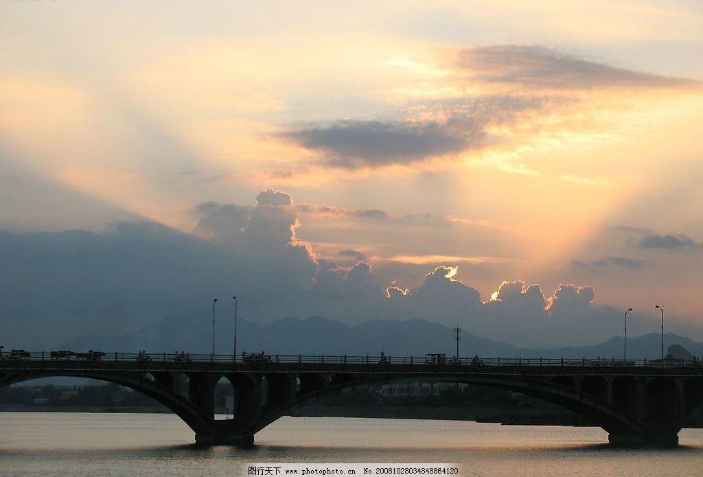 夕阳下的漠阳桥 河流 自然景观 自然风景 家乡风景 摄影图库