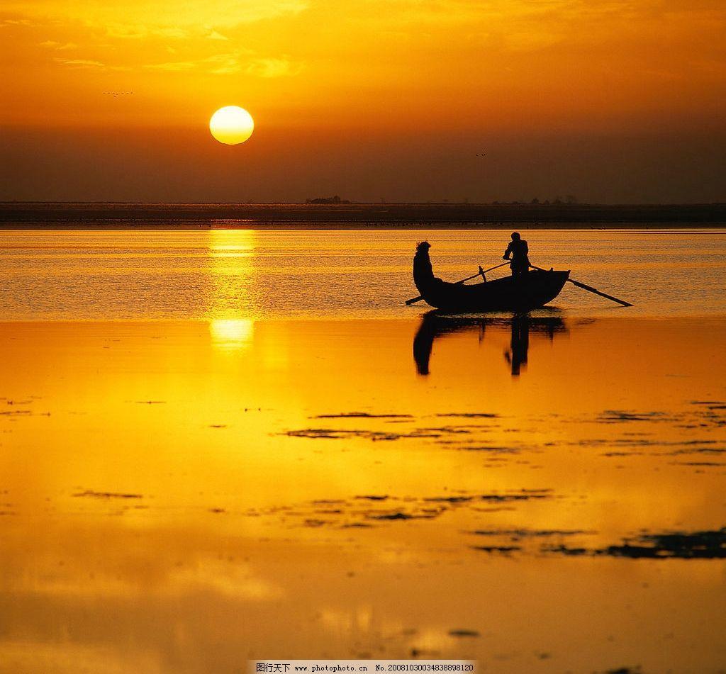 落日与船 海边 海 落日 渔船 渔民 晚霞 自然景观 自然风景 山川 摄影