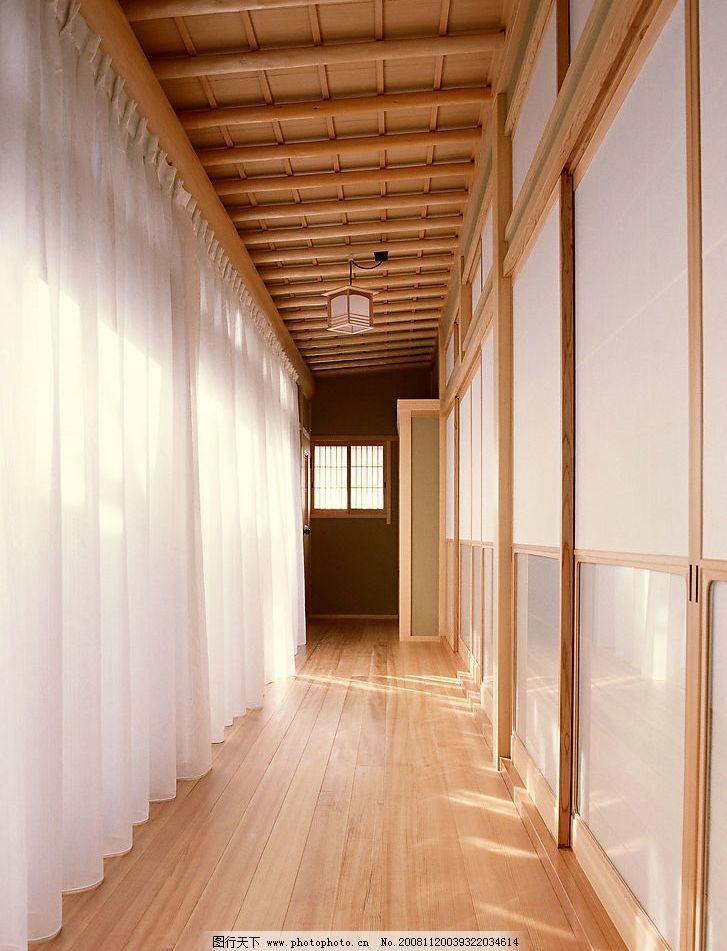 走廊装修 走廊 过道 白色窗帘 复古灯 木地板 木头房梁 建筑园林 室内