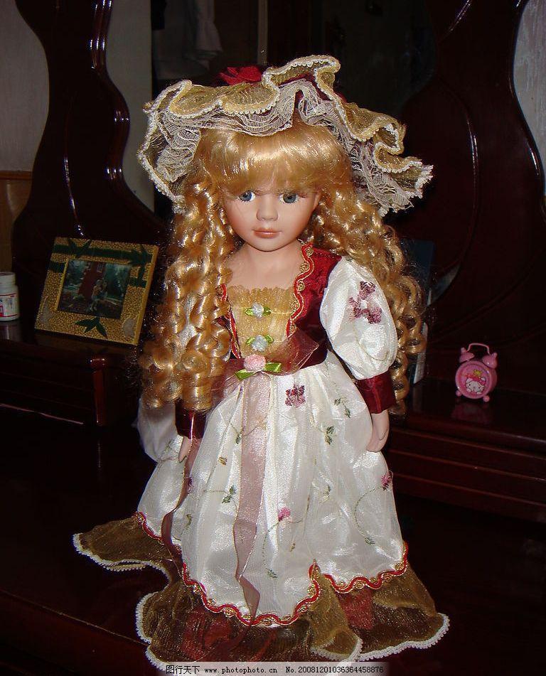 漂亮的芭比娃娃图片