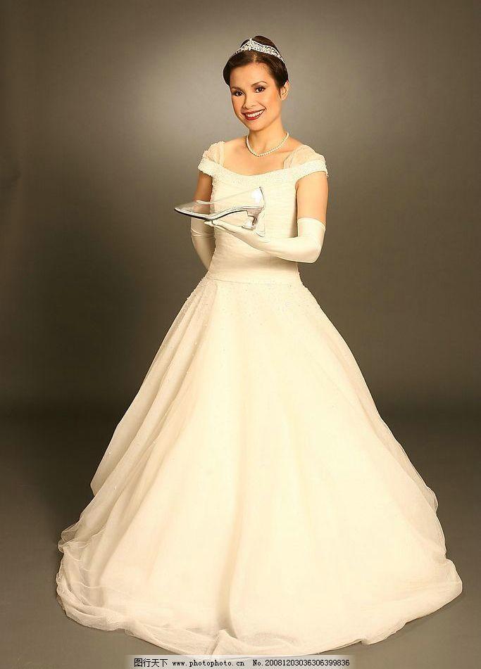 婚纱美女 婚纱 美女 白婚纱 水晶鞋 钻石 皇冠 人物图库 人物摄影