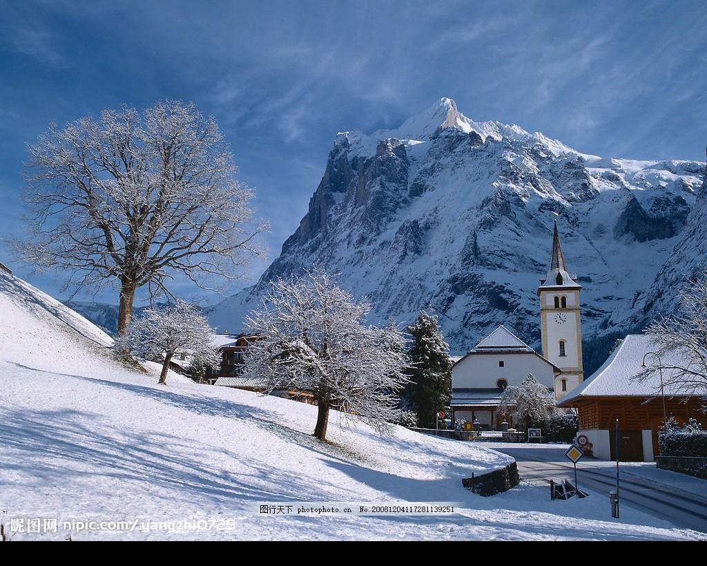 瑞士风光 雪景 雪地 房子 天空 树木 雪山 自然景观 山水风景