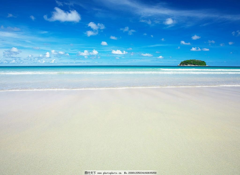 海边沙滩 蓝天 白云 海边 海浪 沙滩 小岛 旅游摄影 自然风景 摄影