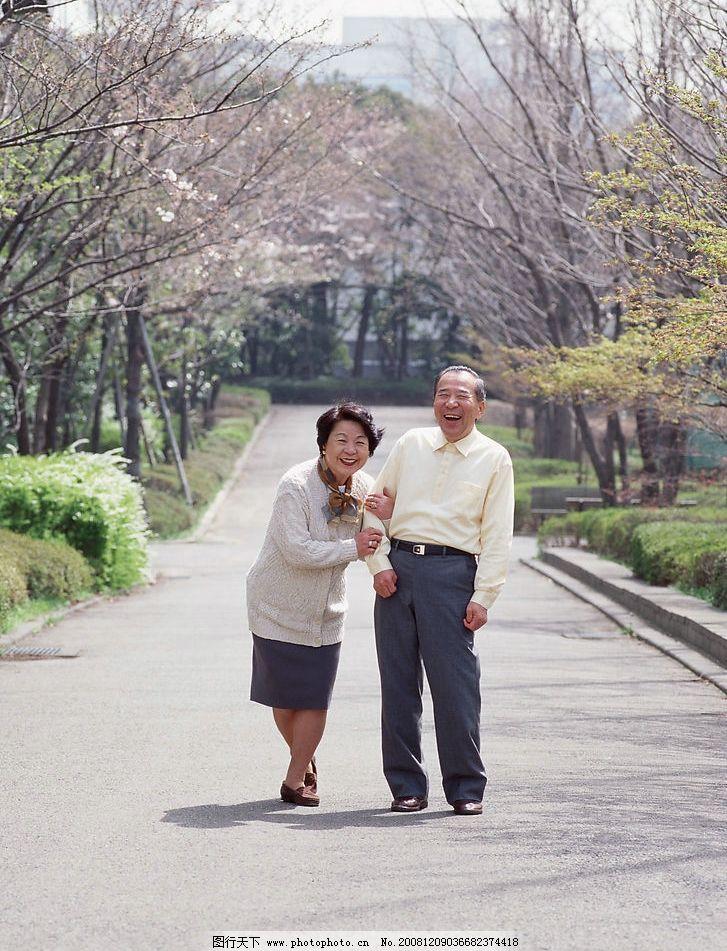 晚年生活 老人 晚年 家庭 亲蜜 夫妻 高清素材 人物图库 老年人物