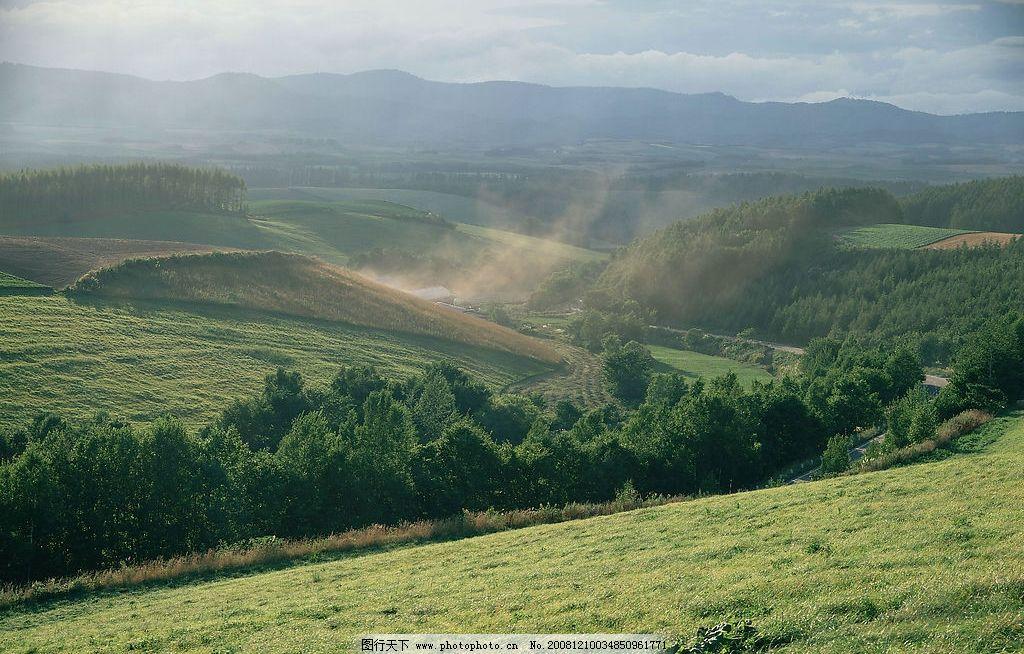 蓝天 自然风景 自然景观 自然风光 白云 草原 绿草 草地 高山