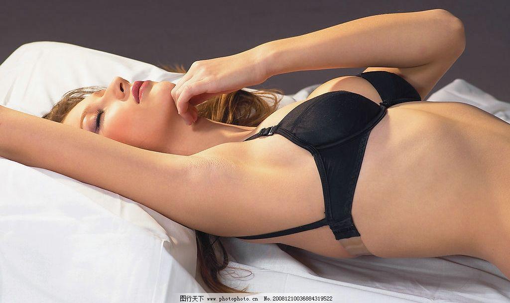 美女 外国美女 金发女郎 女性 女人 性感 内衣 胸部 人物图库 女性