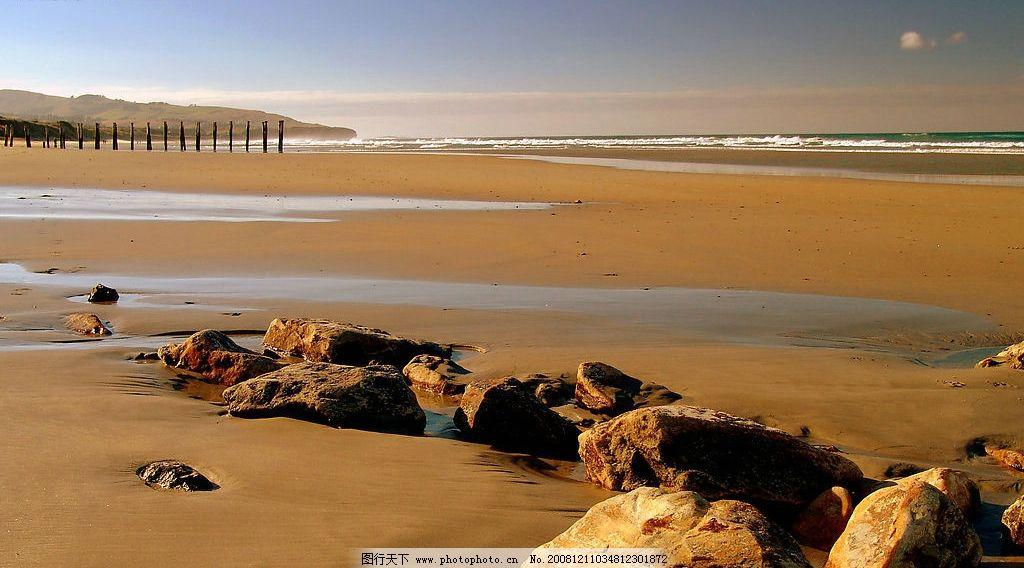 大海 沙滩石头图片