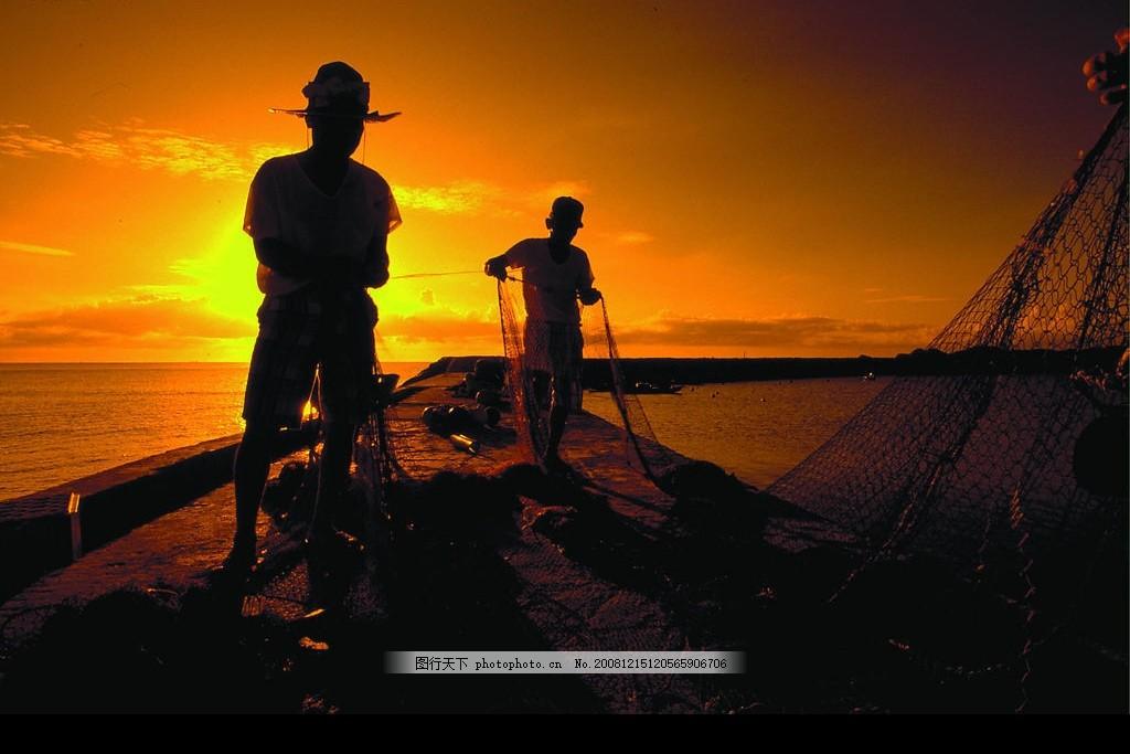 海边风情 大海 夕阳 鱼船 打鱼 天空 红日 自然景观 山水风景