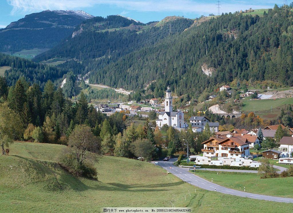 房子 草原 蓝天 自然景观 自然风景 摄影图库 jpg 350dpi 欧洲风景图片