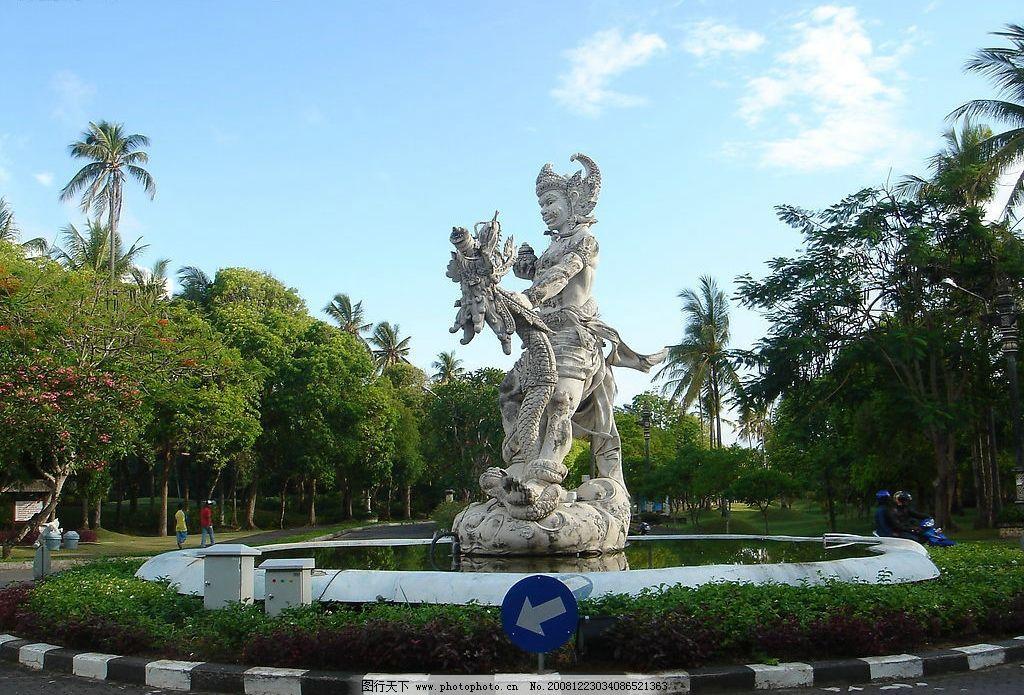 巴厘岛街头雕塑图片